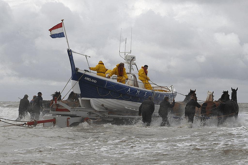 lancering paardenreddingboot Ameland